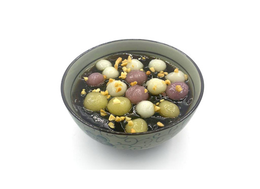 綜合芋圓配黑糖冰粉